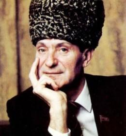 Эсамбаев Махмуд Алисултанович