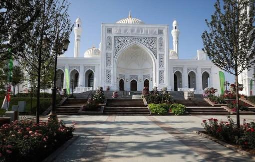 В ЧР отменили религиозные мероприятия по случаю празднования Ид аль-Фитр
