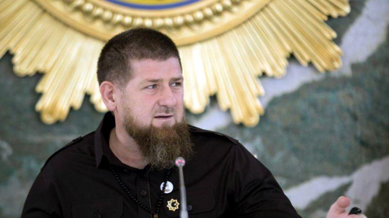 """Кадыров призвал сделать Путина """"пожизненным президентом"""""""