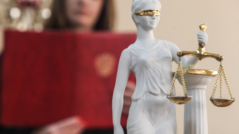 В Дагестане судью заподозрили в подделке протоколов ради оправдания начальника отдела полиции, избившего подчиненного