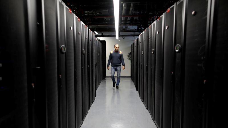Интернет в России подорожает из-за проблем экономики, курса рубля и закона Яровой
