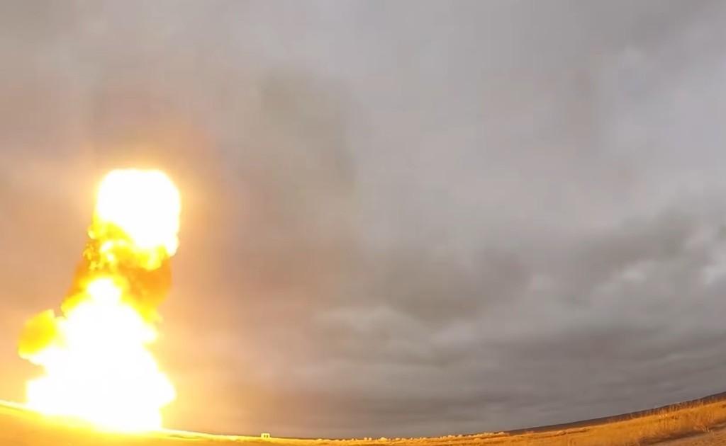 Россия показала испытания новой ракеты