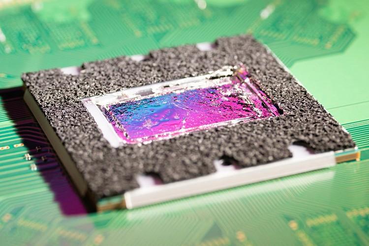 Фото кристалла SoC из PlayStation 5 показало, что ядра Zen 2 в консоли урезаны