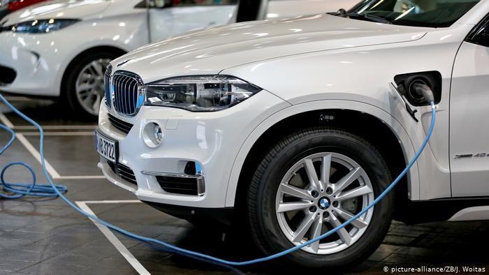 Германия обошла США по продажам новых электромобилей и гибридов