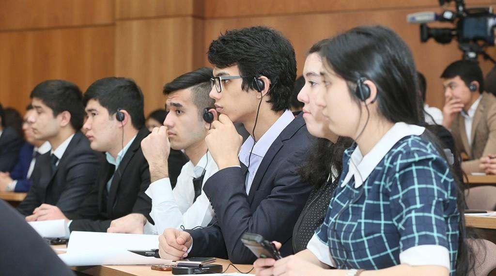 Студенты из Таджикистана не могут въехать в Россию для продолжения учебы
