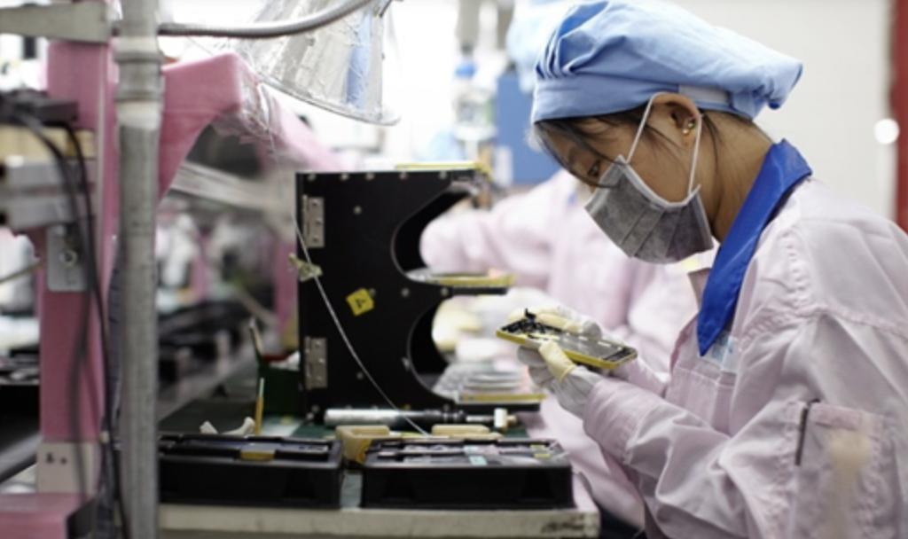Apple замедлит производство новых iPhone из-запроблем скомплектующими