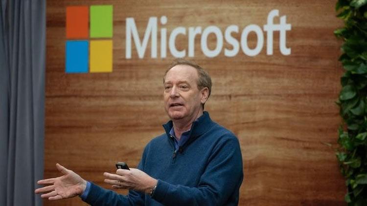 Брэд Смит из Microsoft снова раскритиковал Google из-за веб-контента