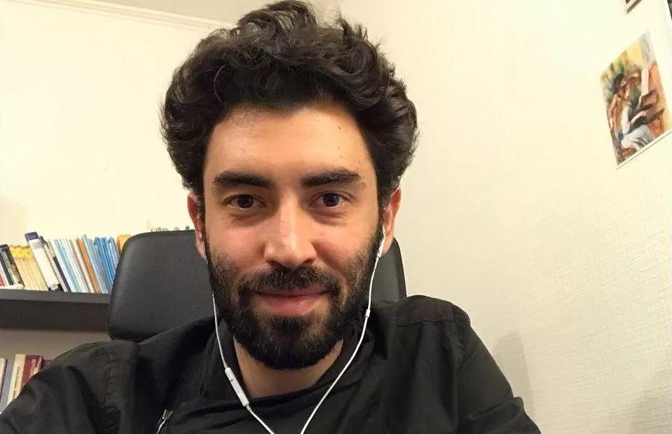 Азербайджанец занялся ликбезом в России