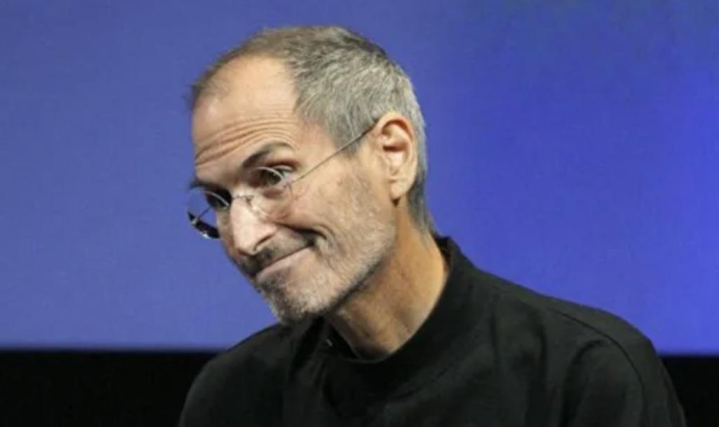 Переписка Стива Джобса раскрыла давний конфликт между Apple иFacebook