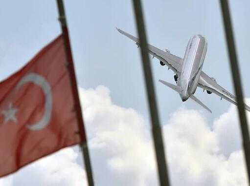 Россия продлевает ограничение авиасообщения с Турцией