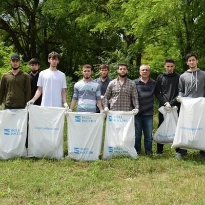 В ЧР провели масштабную экологическую акцию по очистке Чернореченских родников