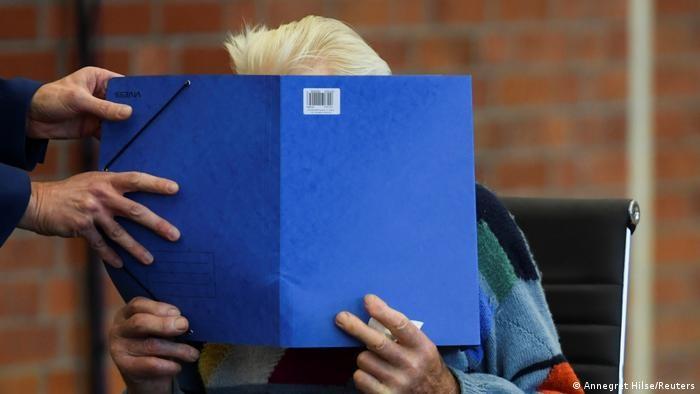 В Германии судят 100-летнего экс-охранника концлагеря Заксенхаузен