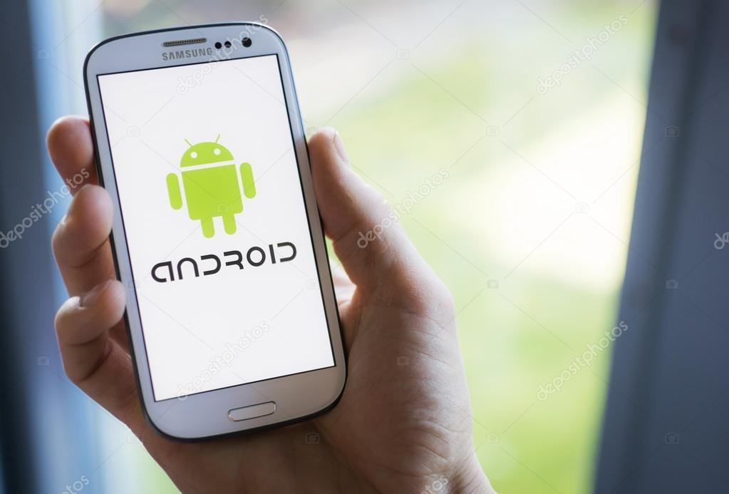 Новый вирус наAndroid превращает смартфон в«идеальное устройство дляслежки»