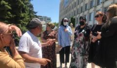 В Дагестане владельцы ресторанов вышли на акцию протеста с требованием разрешить им работать