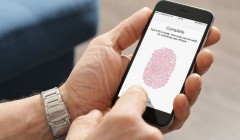 Apple может вернуть сканер отпечатка пальца в следующем iPhone и убрать порт для зарядки