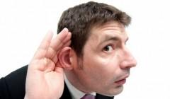 Почему люди любят слухи: что говорит психолог