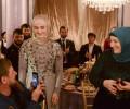 Все в семью. Дочь Кадырова открыла ресторан на месте библиотеки