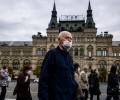 Коронавирус: в Москве отменяют самоизоляцию для пожилых