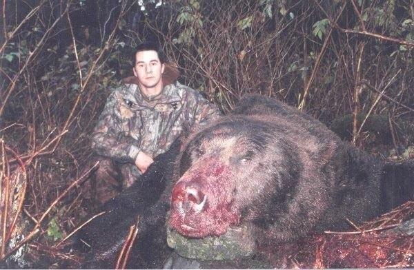 4-метровый медведь людоед