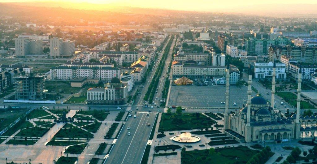 Groznyiy-s-vyisotyi-ptichego-poleta